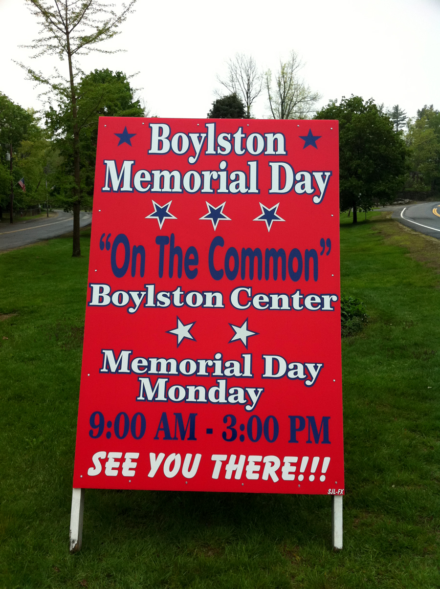 Memorial Day Signs for Boylston